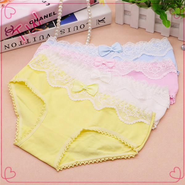 Custom Anti-bacterial ladies sexi slim cotton panties women sexy lace underwear plain dyed
