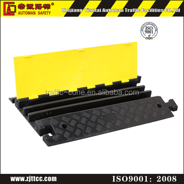 rubber heavy duty 3 channel cable protector used loading dock ramp