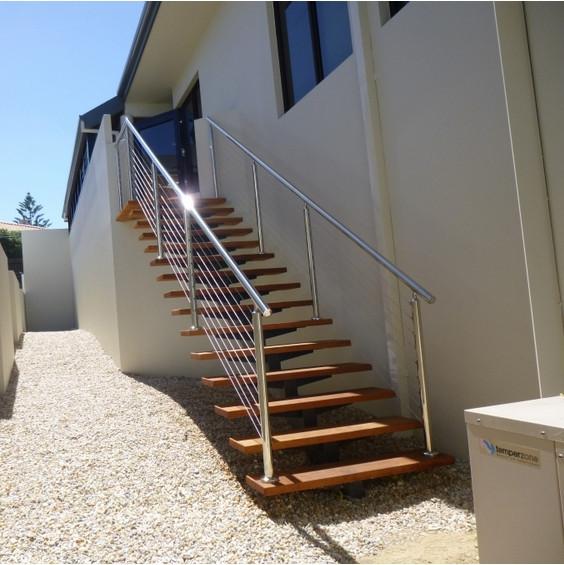 Outdoor Metal Stair Carbon Steel Steps Straight Stairway Design