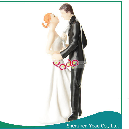 Classic Bride and Groom Resin Figurines Cake Wedding Decoration