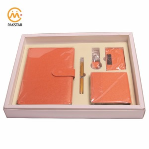 2019 office paper stationery PU notebook gift set with pen key ring and small notepad