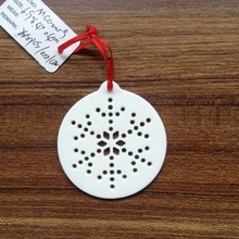 Christmas decor Hollow out ceramic hanging ornament