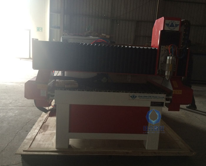Mach 3 controlling 1300*2500mm door engraving wood cnc router for sale