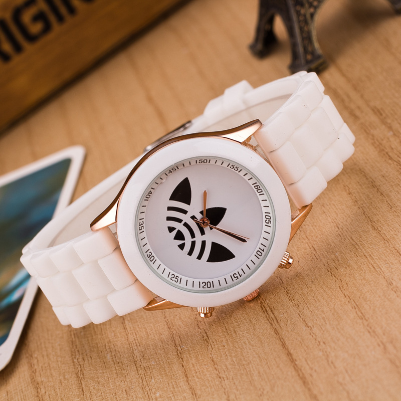 d6fa0baac06 13 Colors Quartz Ladies Dress Watches Female Males Sports Casual Wristwatch  Silicone Band Clocks 2015 New Style relojes LZ011