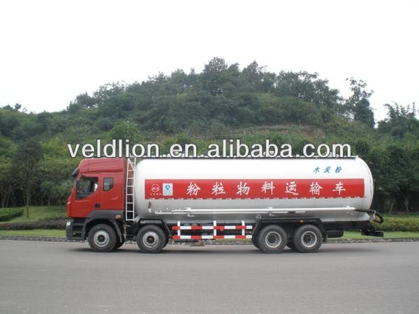 Bulk cement tanker truck for sale in Dubai