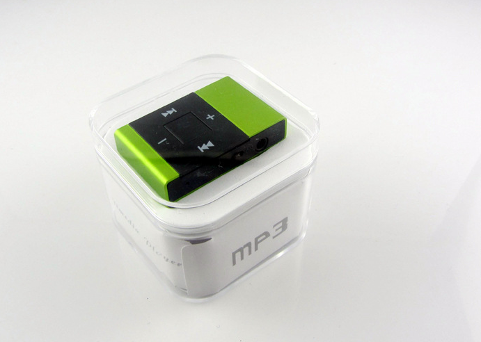 cheap plastic mini clip mp3 player ,sport MP3 support memory card