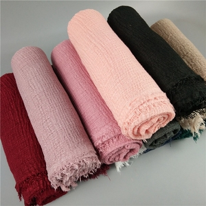 Wholesale Pure Color Cotton linen Soft Crinkle Hijab Shawl Scarf