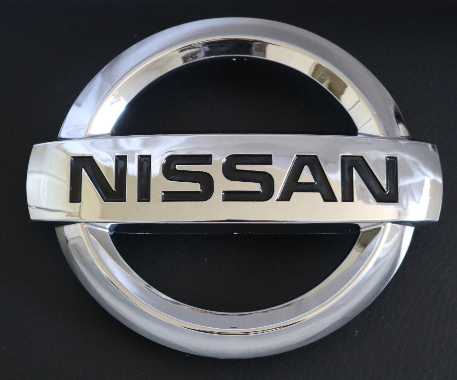 NEW 3D Special Chrome Finished Nissan Nismo Front Grill Metal Badge Logo Emblem Auto Shop