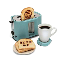 2018 Hot Sale Plastic Logo Toaster 2 Slice with Stainless Steel Panel