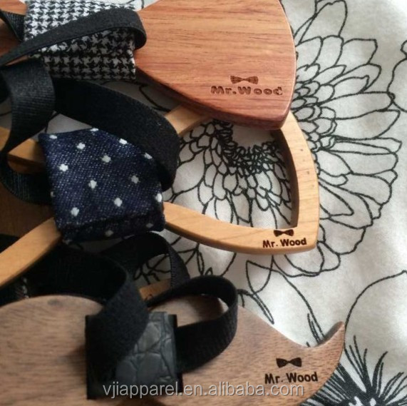 Two Holes Fashionable Wooden Bow Ties For Men