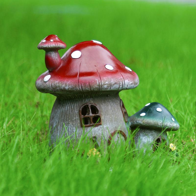 4Pcs Solar LED Garden Light Ornament Resin Mushroom Style