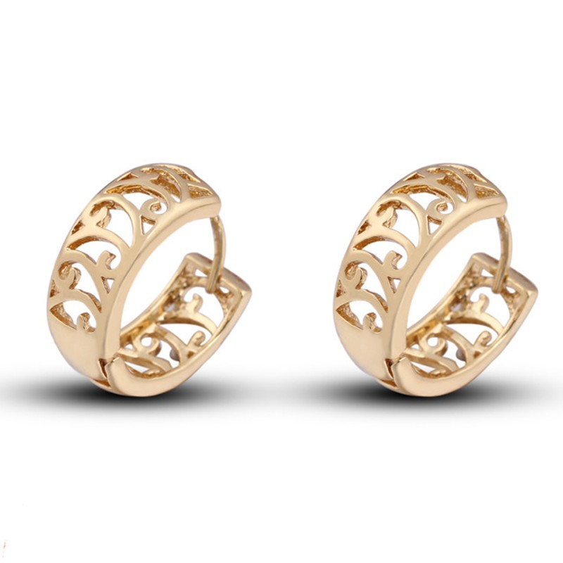 Hollowed 18k Gold Plated Simple Style Hoop Earrings New 2017 Latest ...