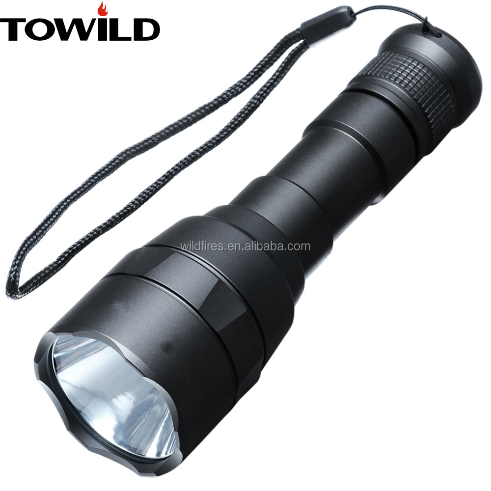 800 Lumens Rechargeable CREE Flashlight ultra Bright Waterproof outdoor Flashlight torch for Camping and Hiking