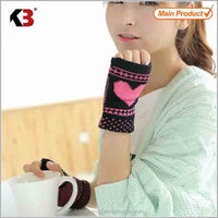 2016 Best quality cheap female personalized winter gloves cute winter mittens lovely warm knitted gloves