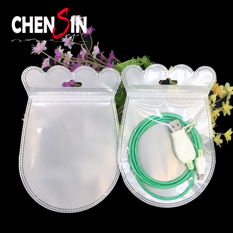 8*12cm (3.1*4.7 inch)custom shape zipper pouch shape of the uase poly bag transparent <strong>pp</strong> with withe pearl plastic zip-lock bags