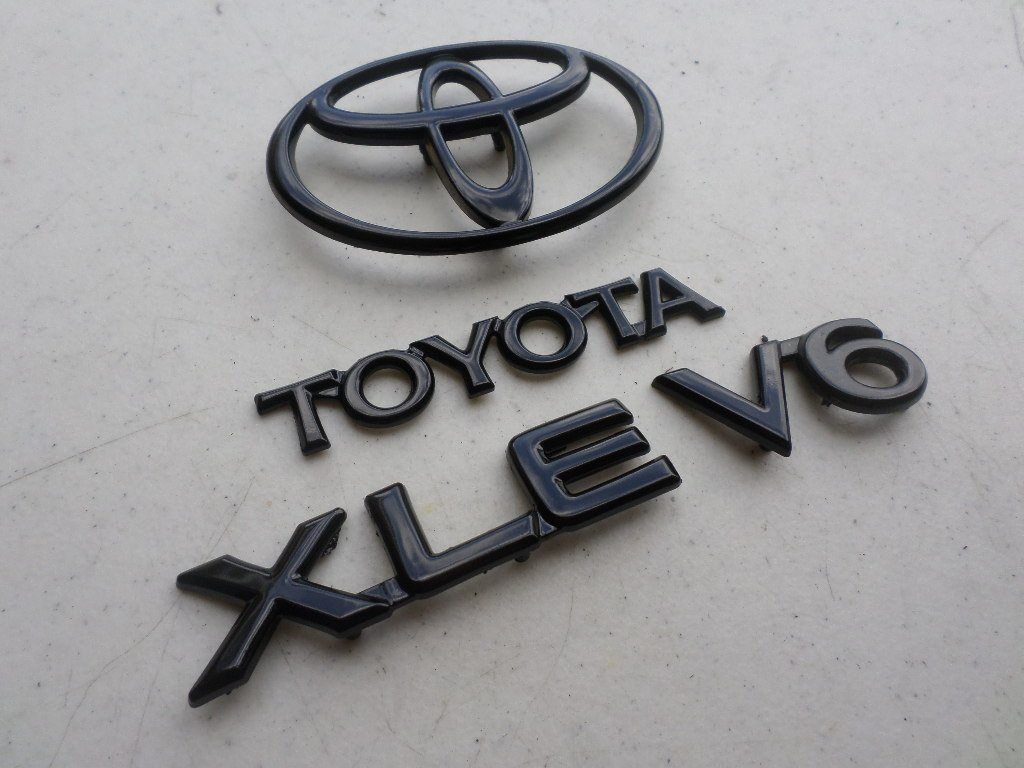 Cheap V6 Camry Find Deals On Line At Alibabacom 92 Toyota Fuel Filter Location Get Quotations 96 Xle Rear Trunk Black Painted Emblem 75441 33011 Logo