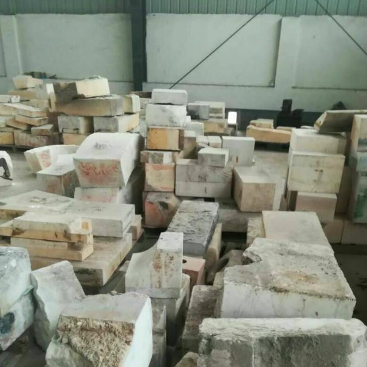 40 tons inventory used AZS brick scrap