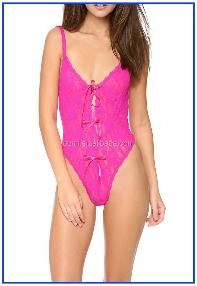 Brazillian Bikini Mädchen nackt