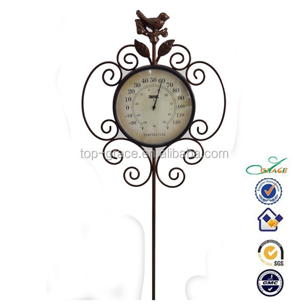 Metal Garden Bird Stake Rusty Finish Outdoor Decorative Garden