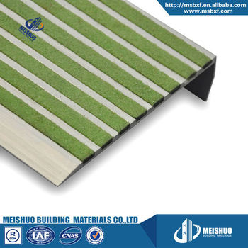 High Quality Pre Drilled Black Carborundum Strip Non Slip Stair Nosing