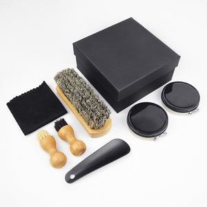 Square shoe shine kit with plastic shoe horn in high quality IKSP010