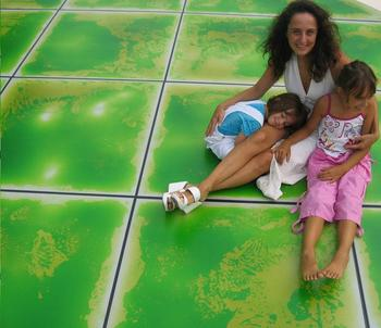 with 3 years warrantee interactive non-slip floor tiles