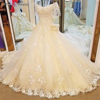 LS61191 Short Sleeve Wedding Lacha Photos Removable Lace Coverlet Bridal Gown Dress Liquidation Box