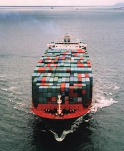 sea /ocean freight rates/shipping agent to Lamezia Terme from China ---May