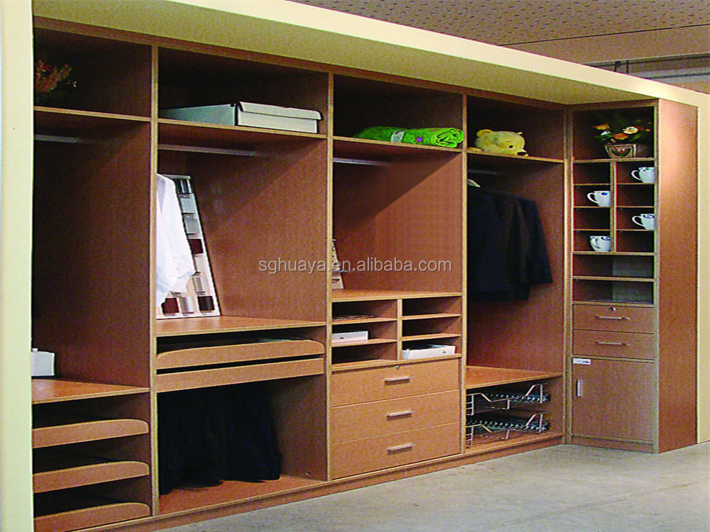 Modern bedroom sliding door wardrobe design indian bedroom for Bedroom cabinet designs india