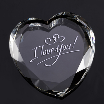 Wholesale Wedding Gifts Customized Engraved Heart Crystal Gifts