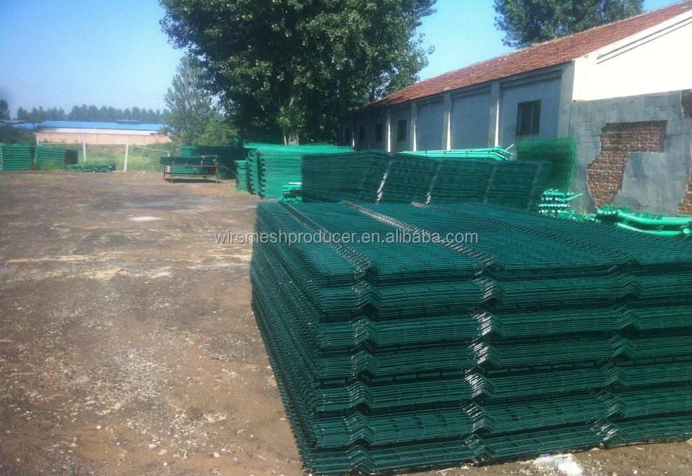 welded wire mesh fence pvc coated green fence