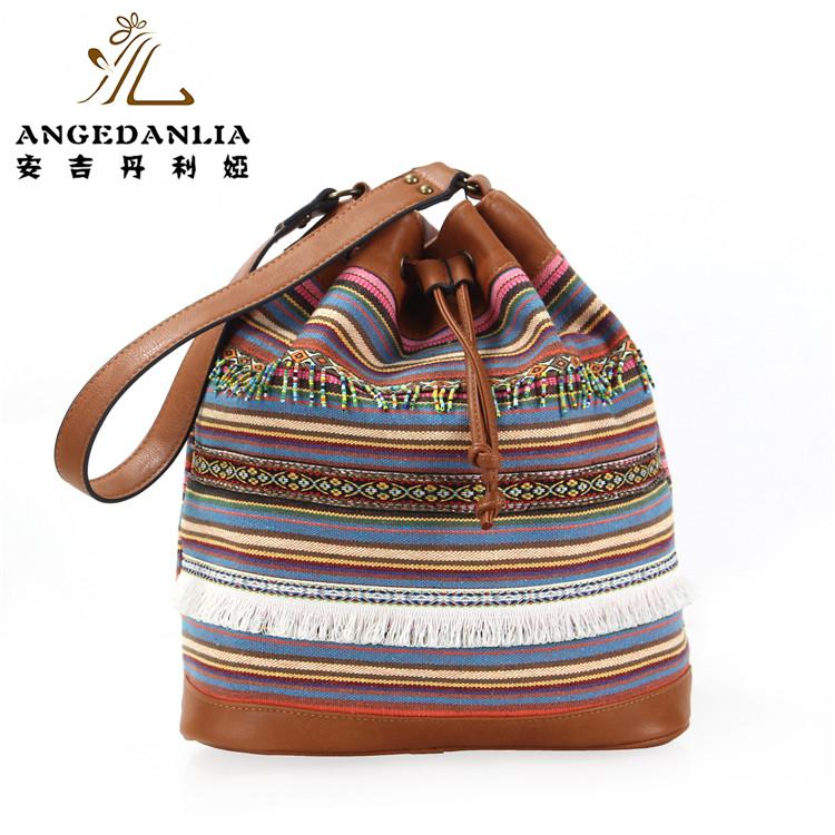 ffa049dd265f Бохо хиппи Этническая Сумочка Вышитые этническая сумка Индии этнические  сумки