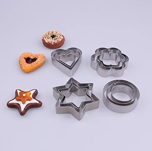 AKINGSHOP Cookie cutter set,star cookie cutter set,round biscuit cutter,heart shaped cookie cutter,flower cookie cutter,12pcs Stainless Steel Cookie Cutter Set (Home & Kitchen)