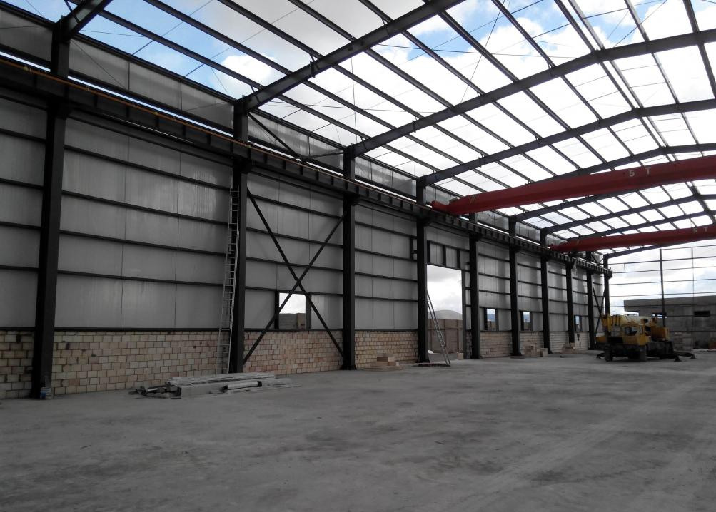 Pre engineered light steel structure building made in China