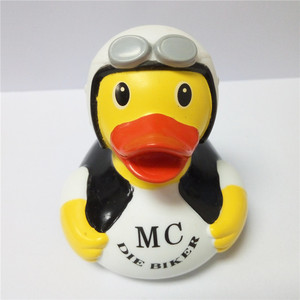 Custom funny pilot pvc duck toy, promotional rubber bath duck with logo