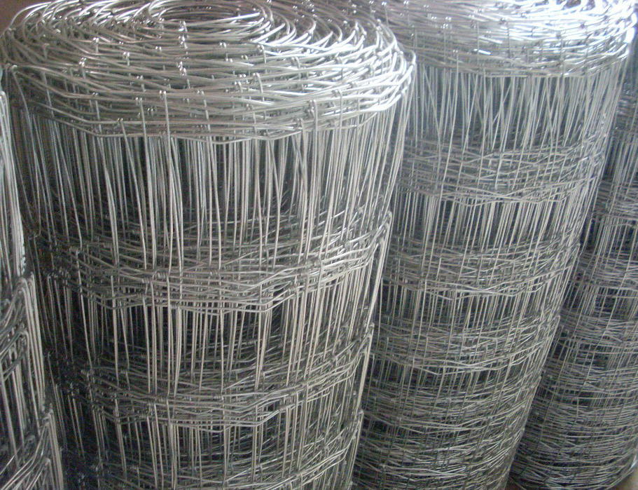 Graduated Mesh Galvanized Fixed Knot Field Fence