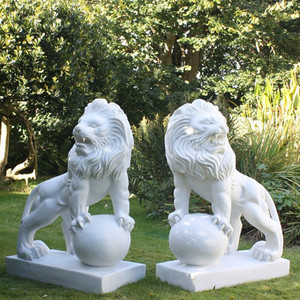 Outdoor decorative marble western lion statue