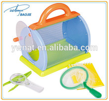 New design colorful plastic insect cage handle plastic box for children carrying