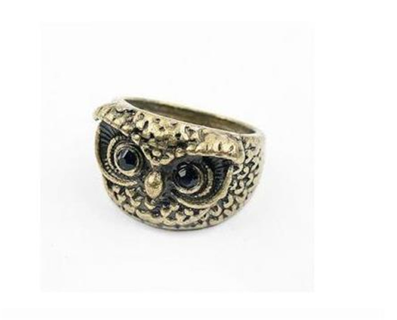 Female Antique Texture Punk Black Crystal Eyes Animal Owl Finger Ring