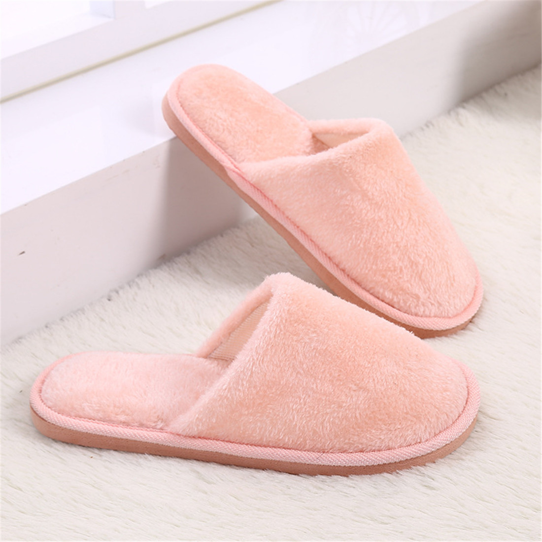 warm bedroom slippers 28 images warm womens or mens bedroom slippers for hotel winter plush. Black Bedroom Furniture Sets. Home Design Ideas