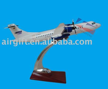 RESIN MATERIAL SCALE 1:100 ATR72-200 AIRPLANE MODEL