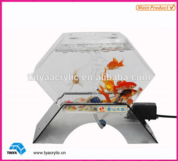 2015 Customized Fashion Design Clear Vertical Aquarium