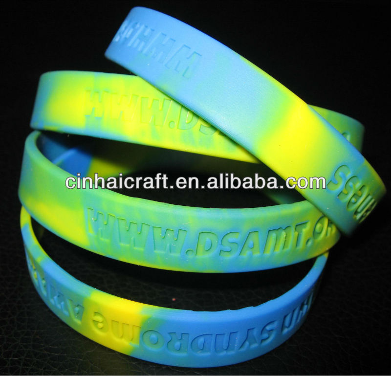 factory best selling the cheapes Silicone Arm Band with custom mixed-colors and engraved logo