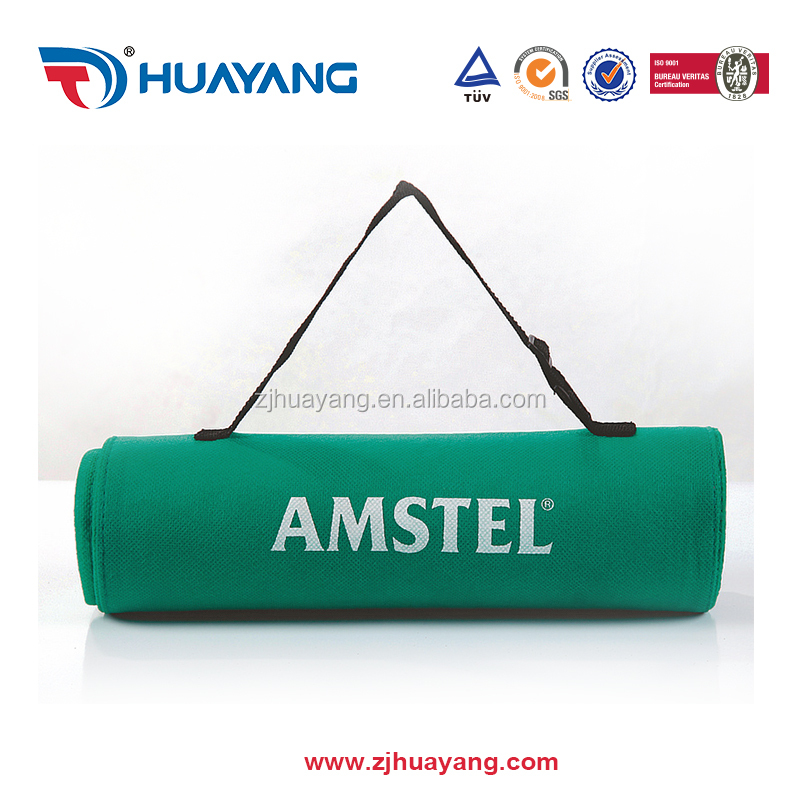 HUAYANG New arrival neoprene waterproof and sand proof foldable beach mat