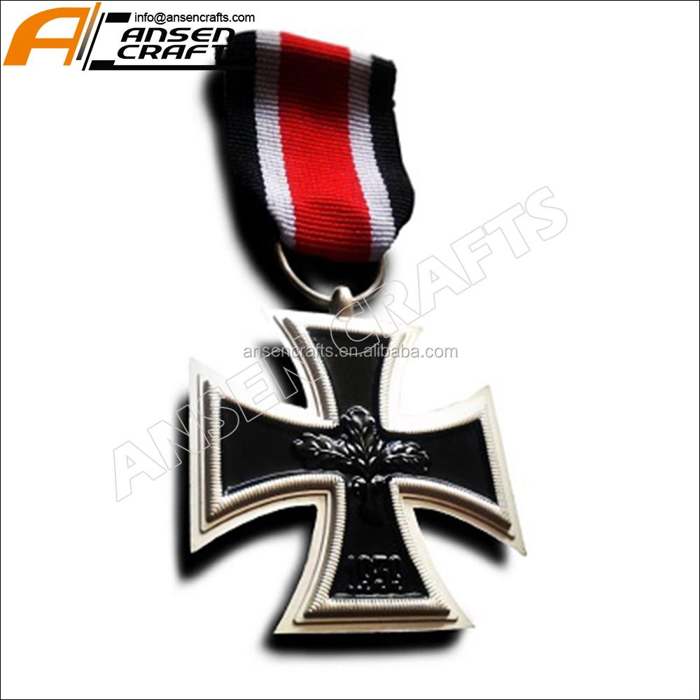 Commemorative Ww1 Ww2 German Third Reich Military Iron Cross With