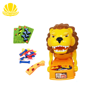 best selling watch out male lion plastic animal mechanicals toys for kids