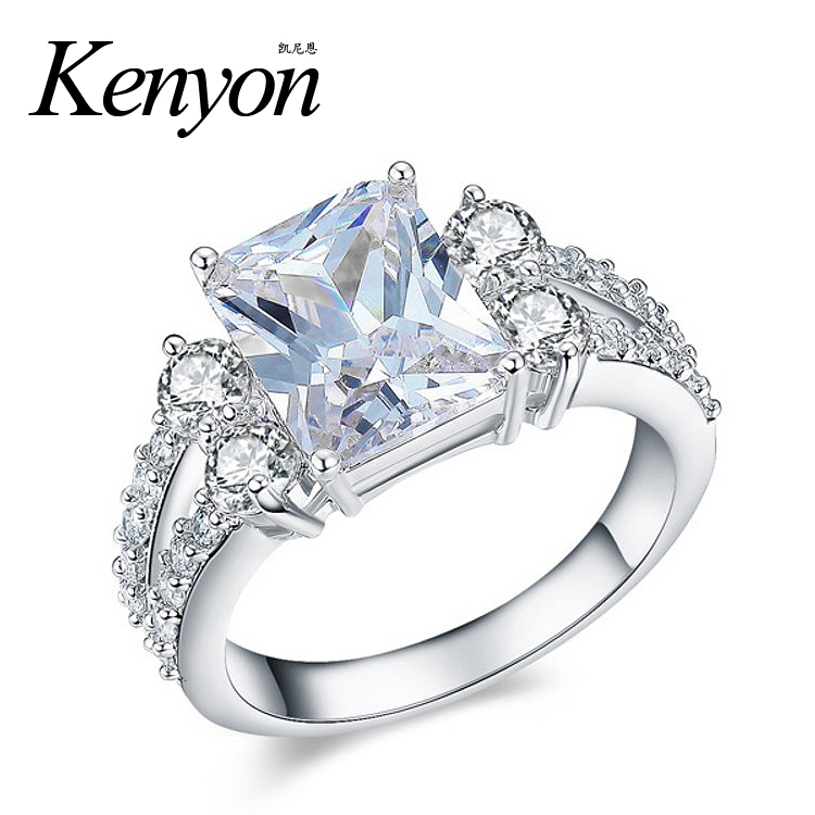 Custom Fashion Latest New Designs Ring Jewelry Girls Silver White Gold Cubic Zirconia Diamond Wedding Engagement Rings for Women