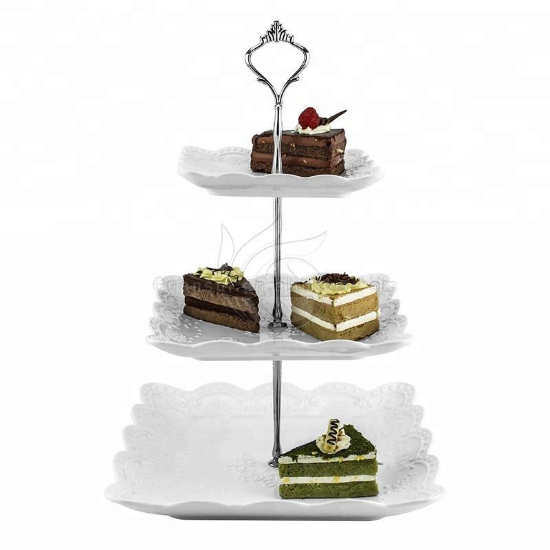 結婚式飾る装飾ワイヤー金属3一層折りたたみキャンディ金属セラミックスチョコレートカップケーキスタンド