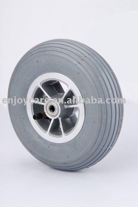 4 pneus fauteuil roulant lectrique pneus pneus gris pi ces accessoires. Black Bedroom Furniture Sets. Home Design Ideas