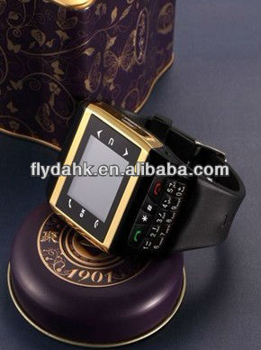 "1.4"" quad band dual sim watch mobile phone Q7"